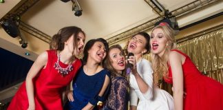 10 Best Ways to Celebrate New Year with Friends and Family, likelovequotes.com ,Like Love Quotes