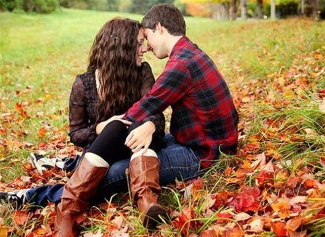 a comparison of love and infatuation Have you ever been in love or infatuated there are certainly some similarities between love and infatuation when you are attracted to someone, you can be infatuated or you can be in love.