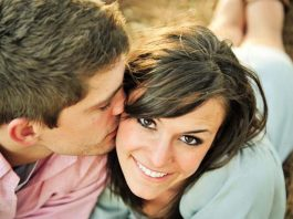 10 Signs You are Dating a Girl Worth Keeping
