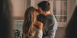 18 Powerful Ways to Catch a Cheating Partner