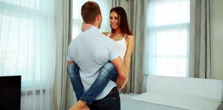 10 Signs He Has a Girlfriend and is Already Taken