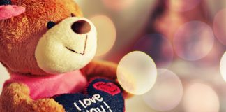 Tips To Express Love In The Right Manner
