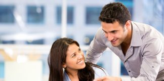 6 Signs To Prove That Co Worker Have A Crush On You