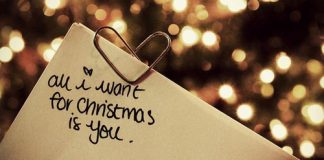 Tune Into Some Christmas Love Songs For Your Special Someone