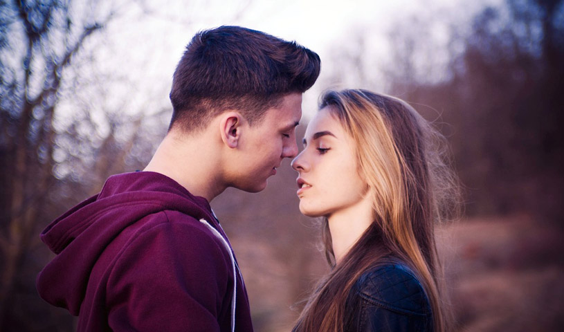 Flirting is An Art- Master It With These Tips-likelovequotes